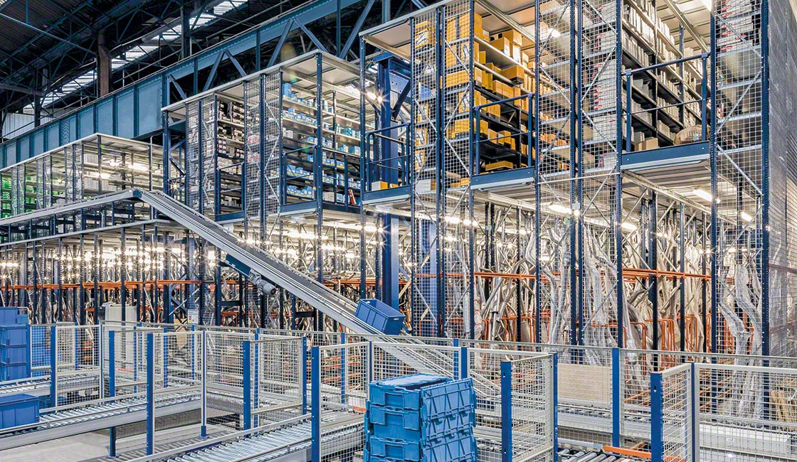 The volume of work in an ecommerce warehouse usually increases around specific dates, such as Christmas and Black Friday