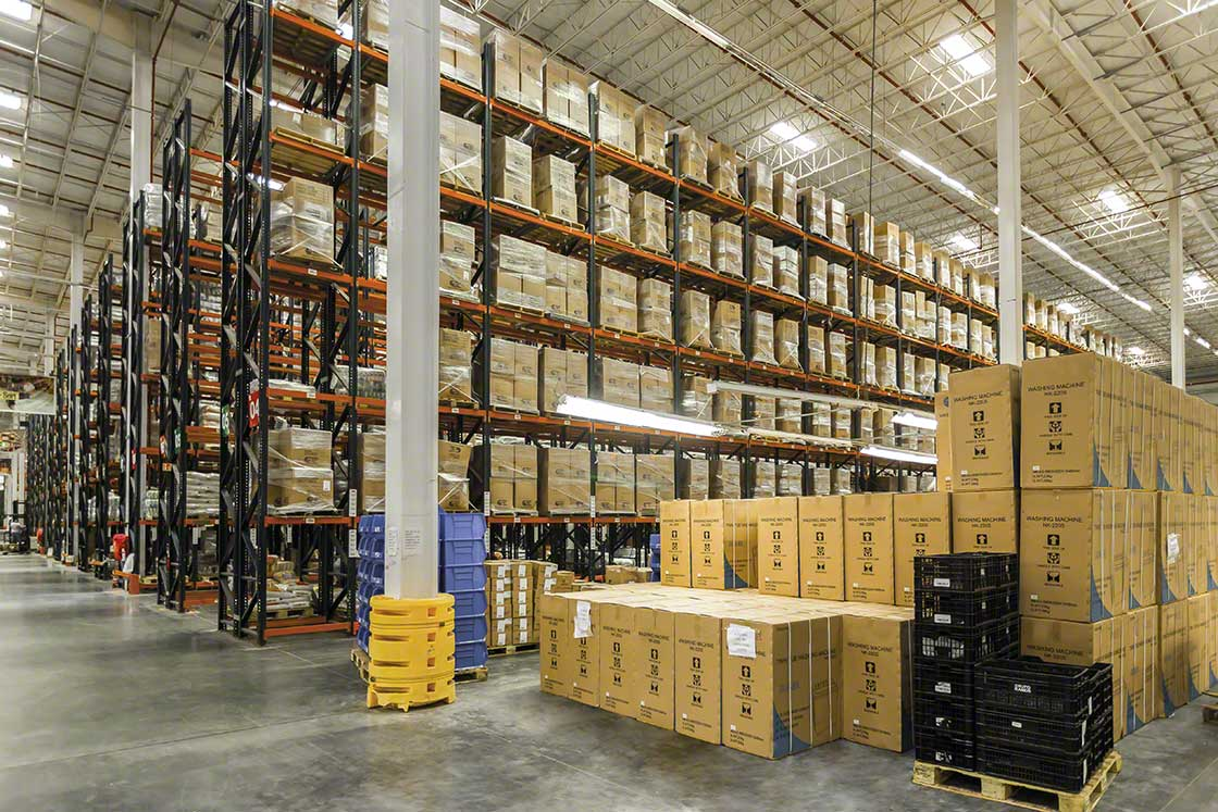 The warehouse staging area is the rack-free space where goods are temporarily stored