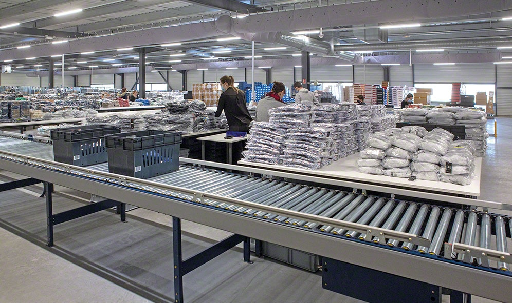 CCV: automatic conveyors for managing 20,000 products a day