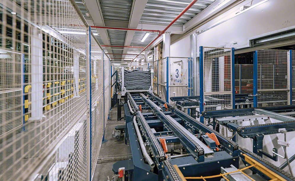 Automated rack-supported warehouse of Michelin in Vitoria integrated manufacturing