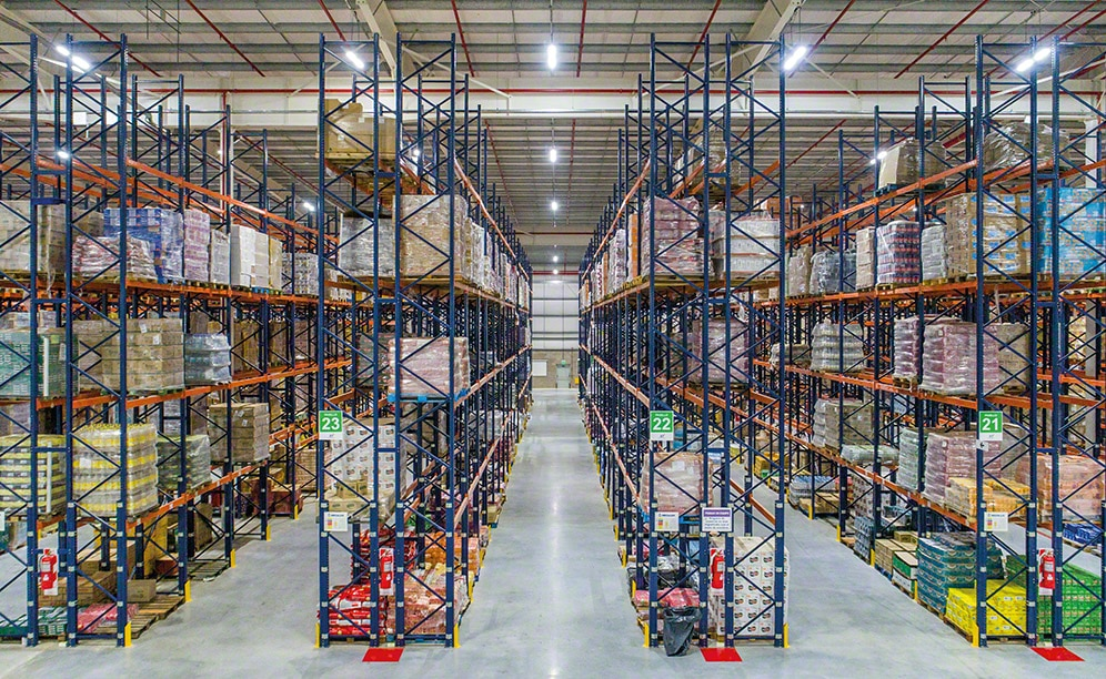 A warehouse sector has 31' high racks with five different levels, and in sectors where the warehouse is the highest, the racks are 34' high with six storage levels