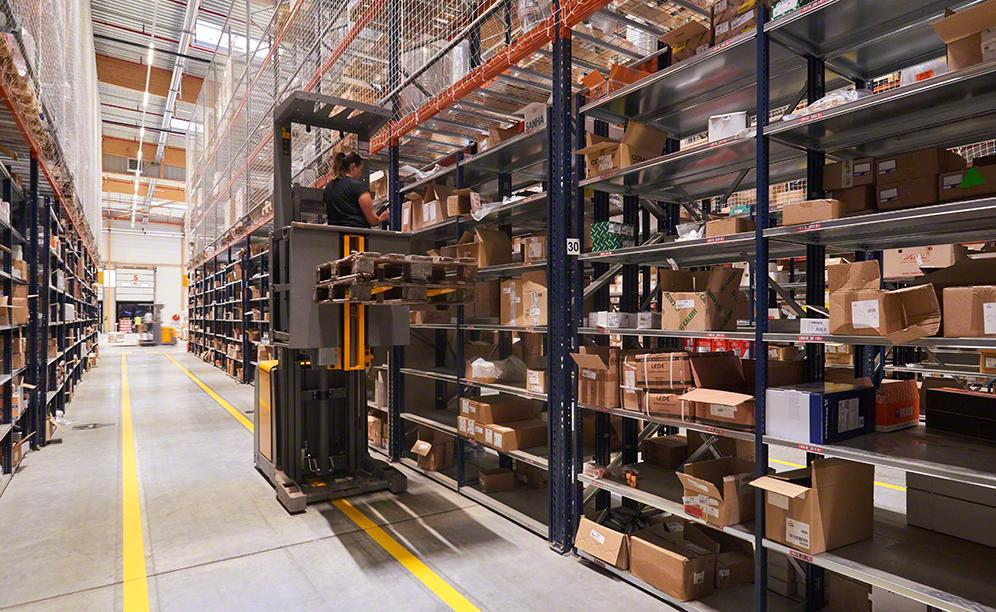Order fulfilment is crucial in this industrial components warehouse