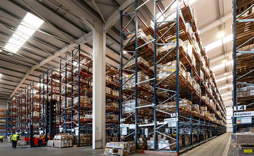 The racks offer a warehousing capacity that exceeds 5,000 pallet