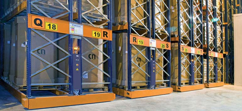 Storage and distribution of frozen products.