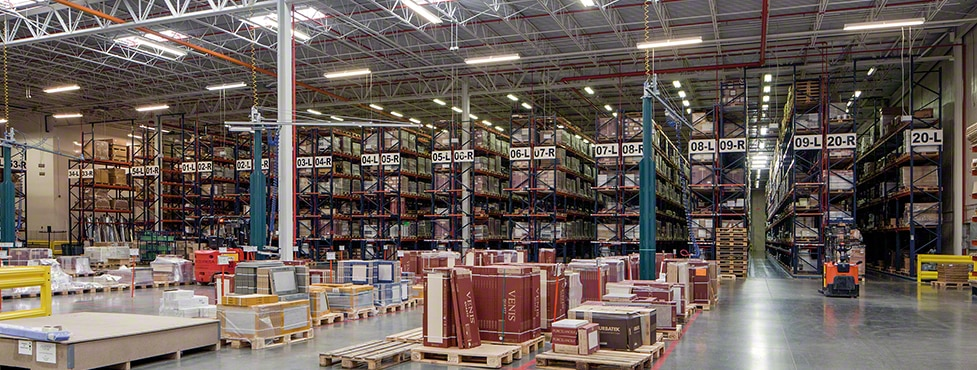 Collaboration through Communication: Interlake Mecalux Supplies Combined Cantilever, Wide Span and Pallet Racking