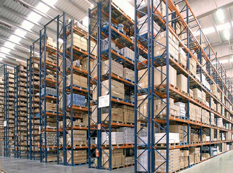 Example of an order picking warehouse