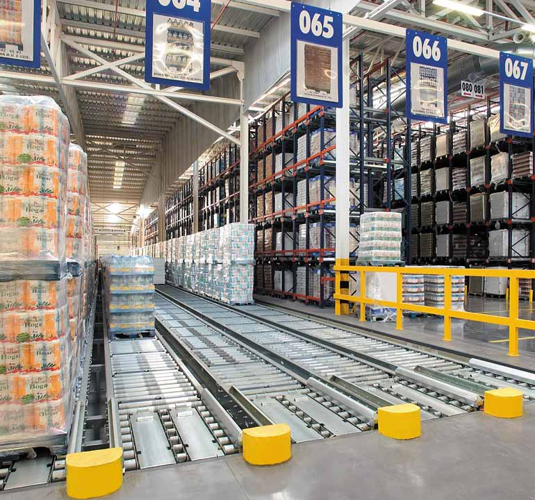 Central warehouse for food product distribution