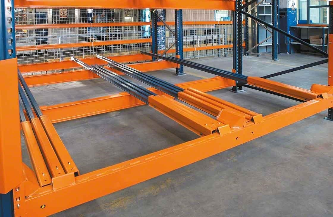 Detail of the type of trolley used in push-back racking