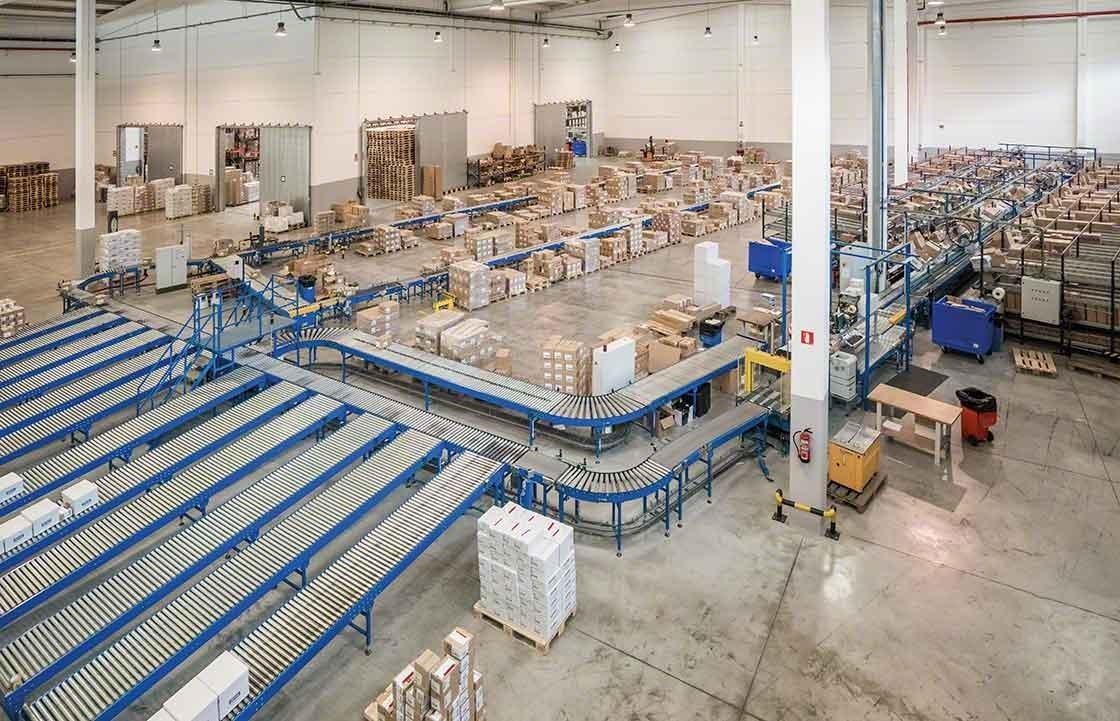 Properly organizing the different areas of your warehouse is essential for proper returns management