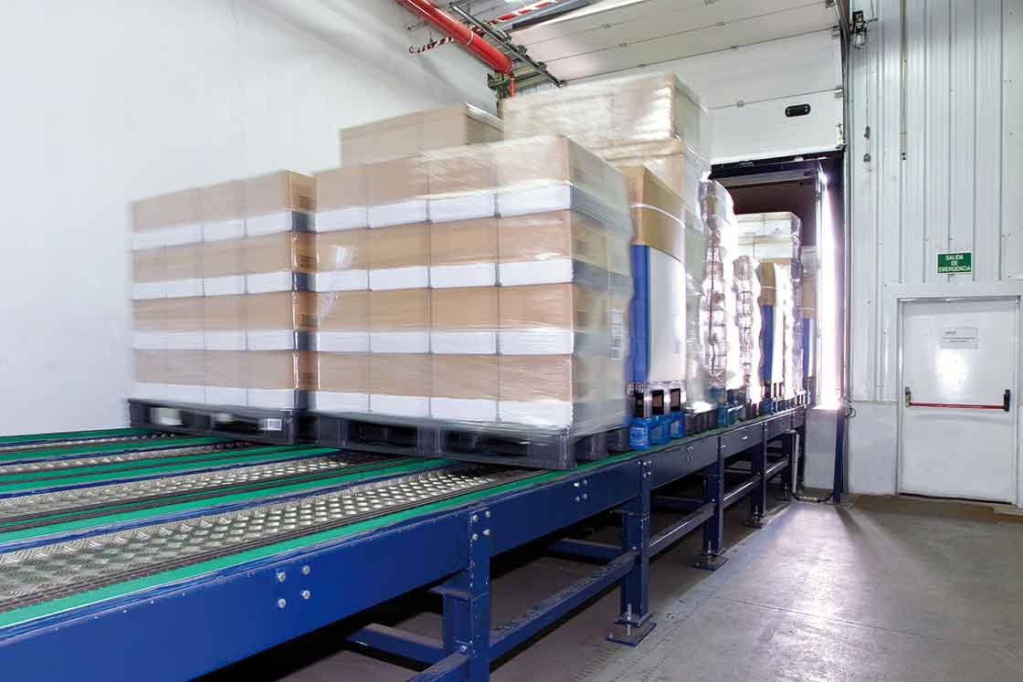Automatic loading platforms speed up the entire goods dispatch process