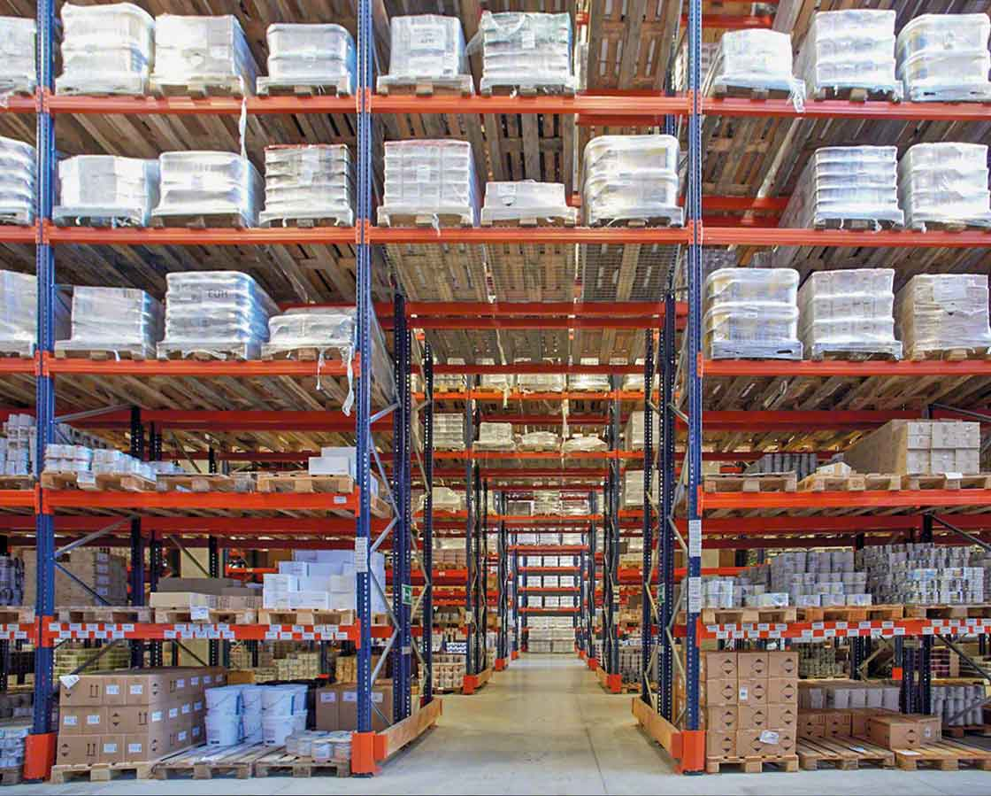 Emergency cross-passages improve safety in chemical warehouses