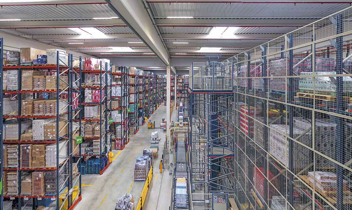 The various elements coexisting in the Luís Simões logistics center (in Cabanillas de Campo, Spain) were previously designed down to the last detail to maximize the installation's productivity