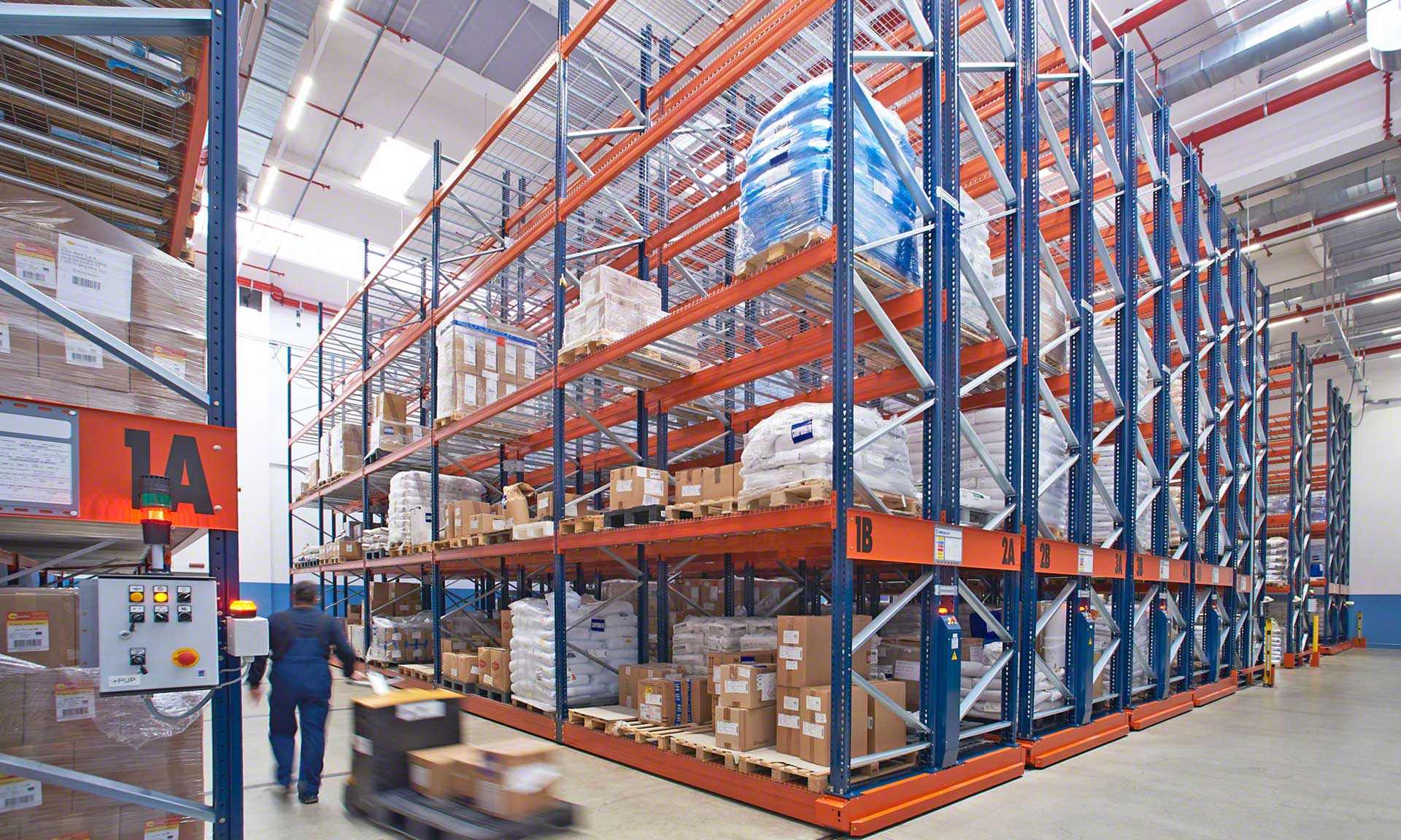 Vibar Nord: automation connects production to the warehouse