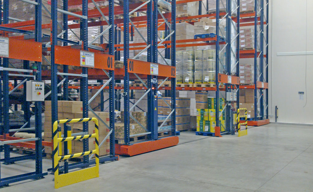 The Movirack system allows direct access to each pallet while also optimizing the use of space