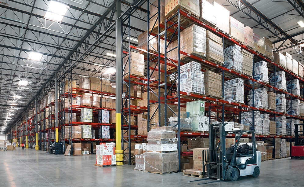 Delta Children's new warehouse features 289,958 ft² of Interlake Mecalux bolted Selective Pallet Rack with 2,443 bays