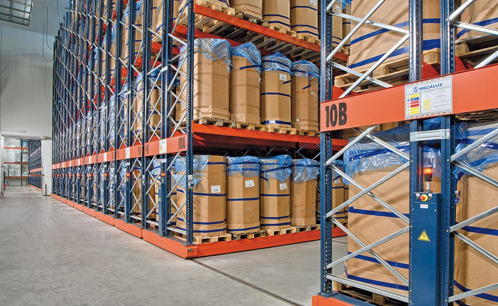 Interlake Mecalux has supplied Movirack mobile pallet racking in the Iberfresco warehouse to maximise the surface area