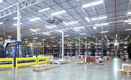 Porcelanosa's engineers decided upon a combination of Cantilever, Wide Span and Pallet Racking