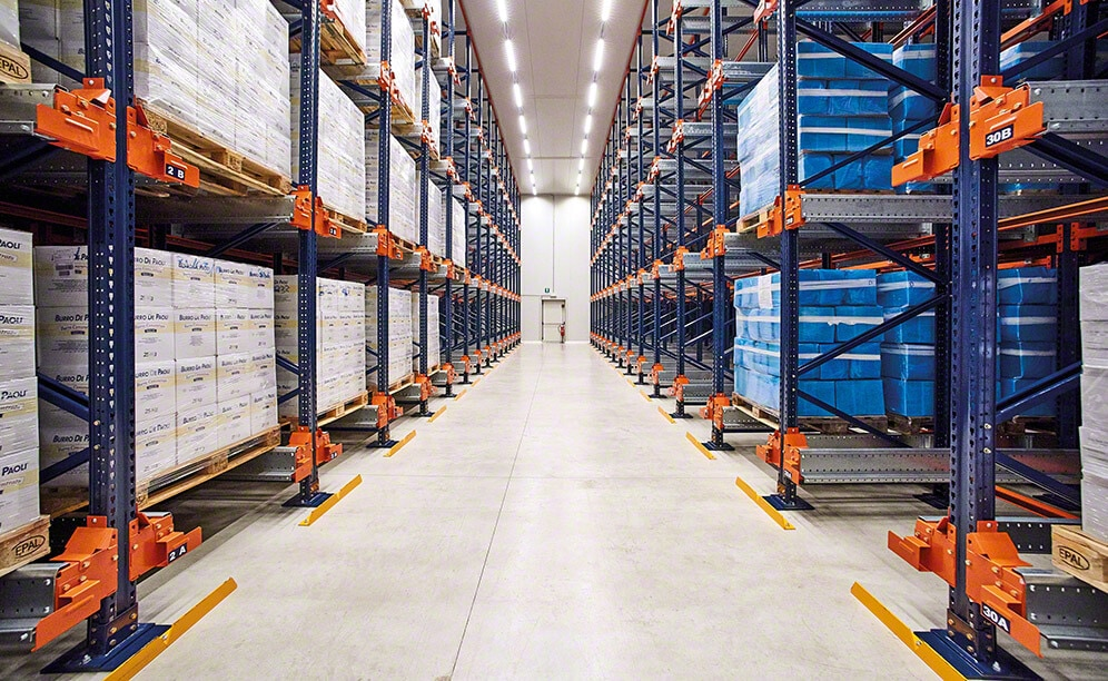 The warehouse is set up to house 1,494 pallets that are 32ʺ x 48ʺ in size